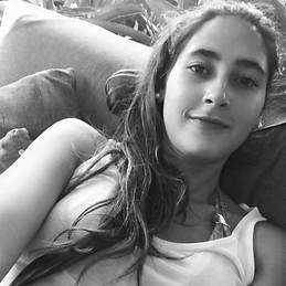 Mariana Bernal - 50d141a04d20b4f675932996ba740994