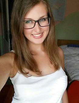Chica eslovaca de 20 a os busca un piso en alicante desde el enero 2017 para 5 meses compartir - Compartir piso en alicante ...