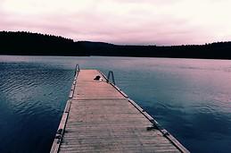 Pontoon bridge or paradise?