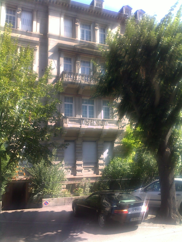 fr erasmus strasbourg location apartement etudiant  pieces meubles rez de jardin plein cv france