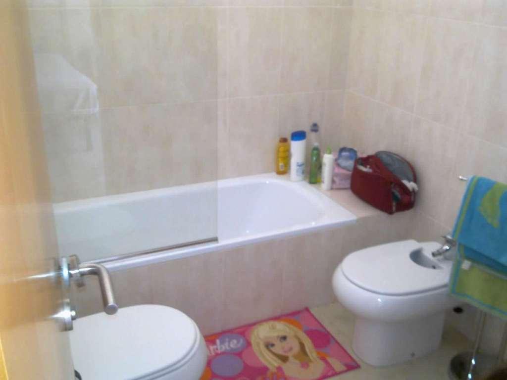 Habitaciones para estudiantes erasmus 11 12 alquiler for Pisos estudiantes almeria