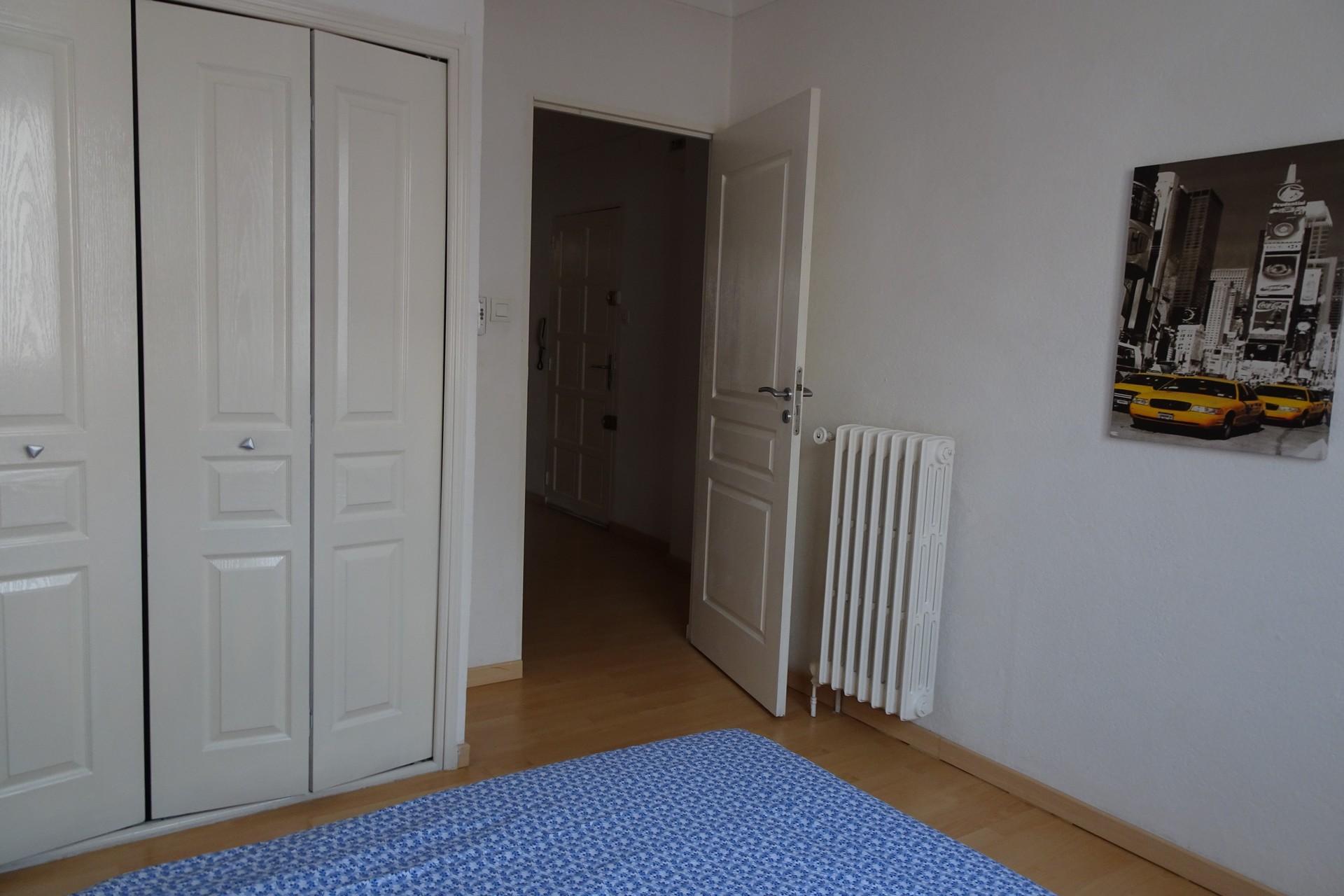 appartement lumineux et spacieux au centre ville de perpignan flat rent perpignan. Black Bedroom Furniture Sets. Home Design Ideas