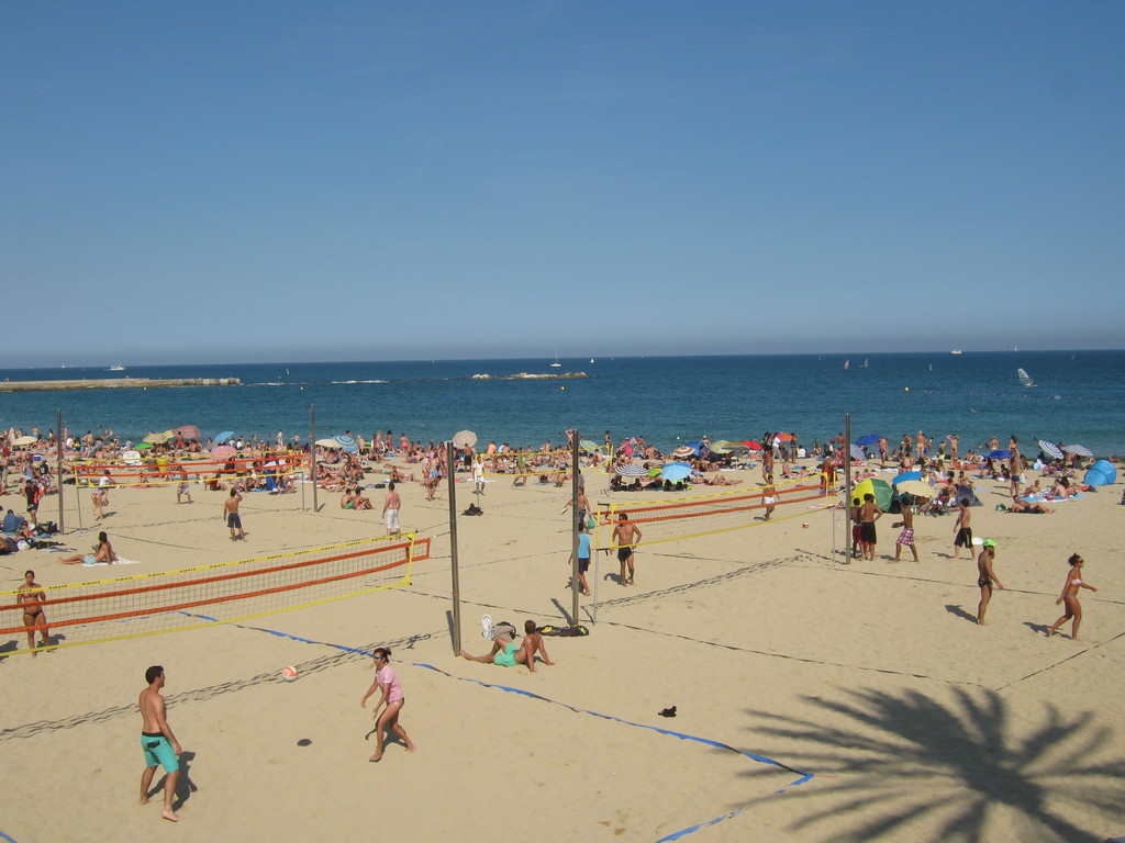 Platja del Bogatell  What to do in Barcelona
