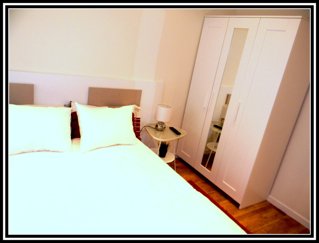 Matrimonial Room For Rent All Bills Included