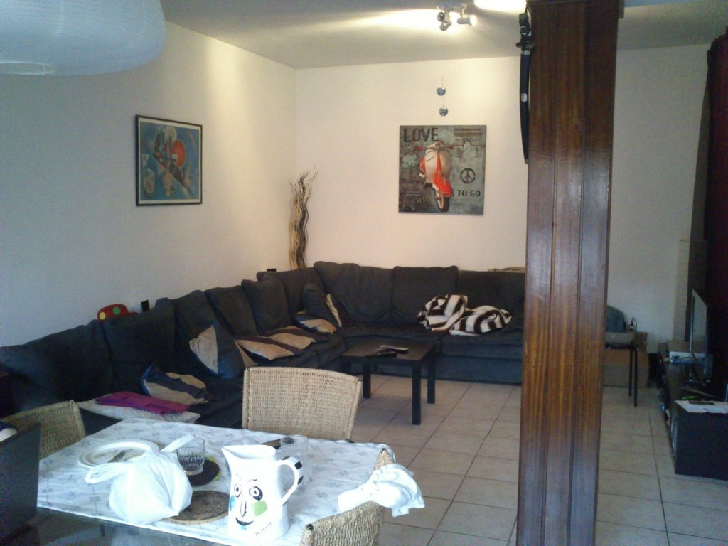 Big And Nice Appartment With 4 Rooms Room For Rent Porto