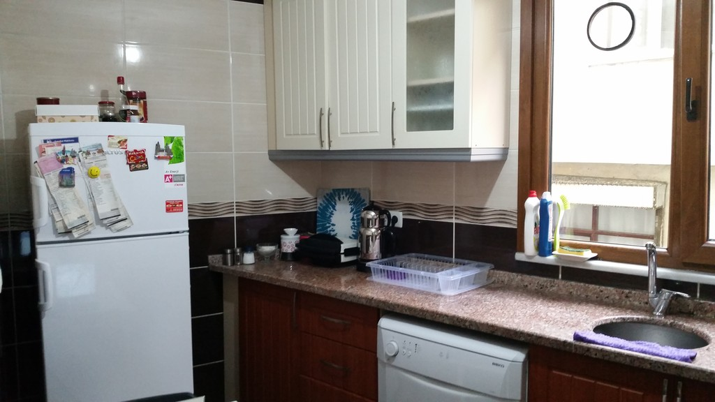 Good Location And Good Price Room For Rent Istanbul