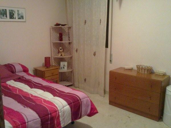 Habitacion disponible en piso estudiantes centro alicante alquiler habitaciones alicante - Alquilo habitacion en alicante ...