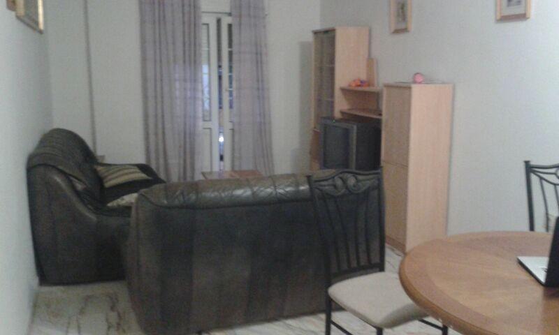 Amplia habitaci n con cama doble alquiler habitaciones for Cama de matrimonio extra grande