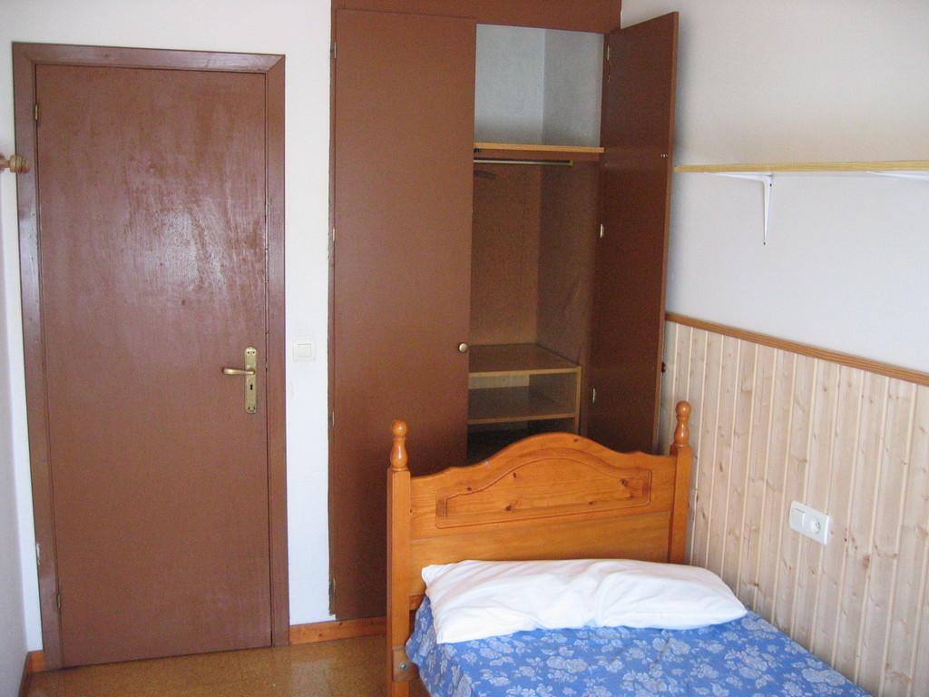 habitaciones en piso compartido exteriores luminosas