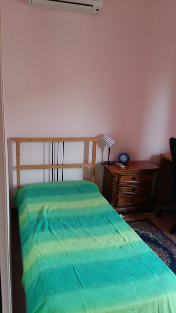 Luminosa stanza singola a roma stanza in affitto roma for Affitto stanza avvocato roma