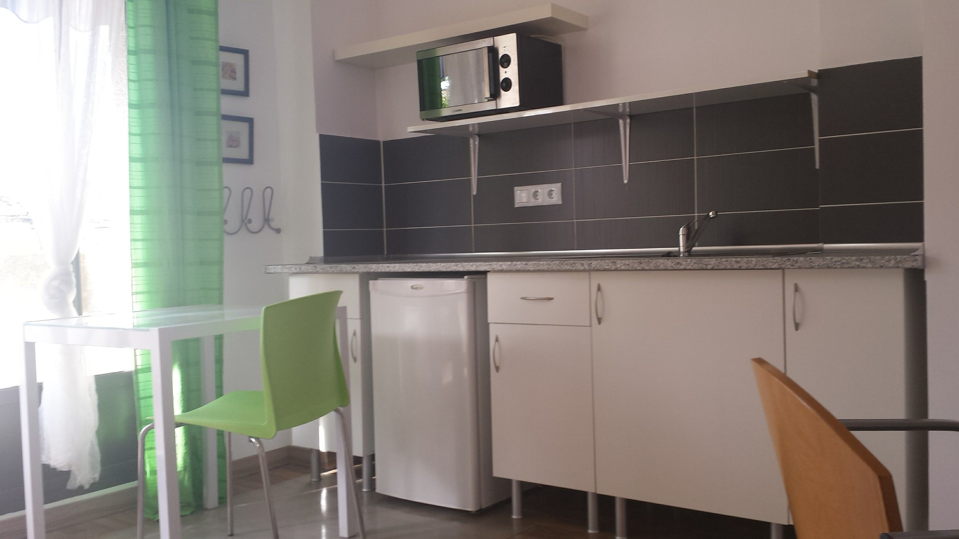 mini studio apartment private kitchen bathroom and On rooms for rent with private bathroom and kitchen