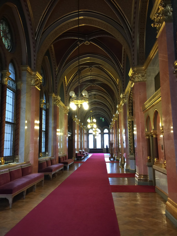 Parlamento de budapest qu ver en budapest for Foto del parlamento