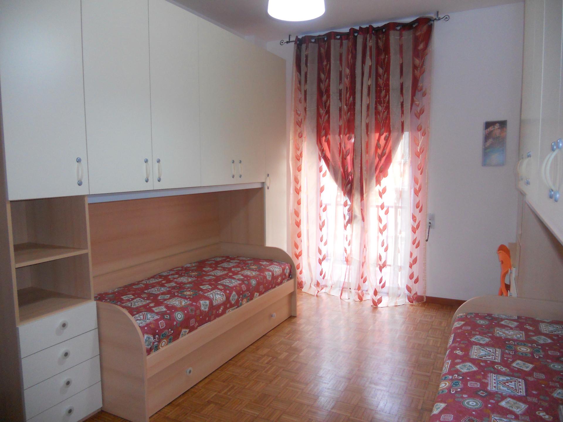 Posto letto per ragazza in bella stanza doppia stanza in affitto milano - Affitto posto letto a milano ...