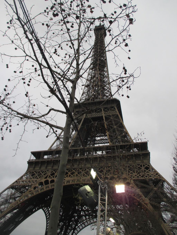 Torre eiffel qu ver en par s for Cuartos decorados de la torre eiffel