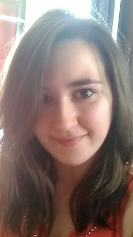 930fce9f3 22 year old girl looking for a 5/6 months accommodation in Leeds ...
