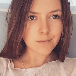Recherche fille de 20 ans