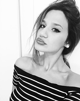 22 Years Old Italian And Sweet Girl Looks For A Room Just A Room