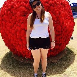 Chica de australiana busca alojamiento en pamplona for Compartir piso pamplona
