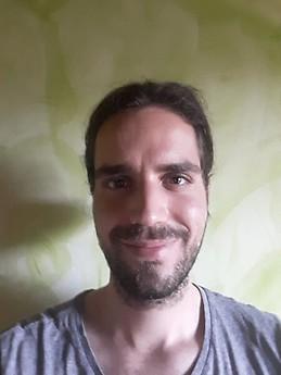 Chico busca chico en Contactos España