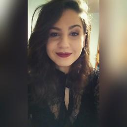 Chicas De 18 Y 19 Años Interesadas En Un Compañeroa De