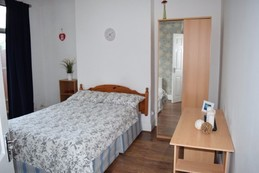 large spacious room available