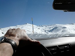Camino a Sierra Neva