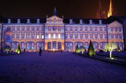 Hotel de Ville! Caen, en Navidad....un show de luces,increible,
