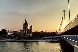 Franz-von-Assisi-Kirche am Donau; Wien