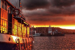 Lahti harbour during the sunset
