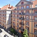 4 bedroom luxury apartment in the city center. 7min walk to the