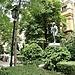 parque en el campus de humanidades