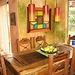 Habitación amueblada con baño privado, incluye desayuno. Accommo