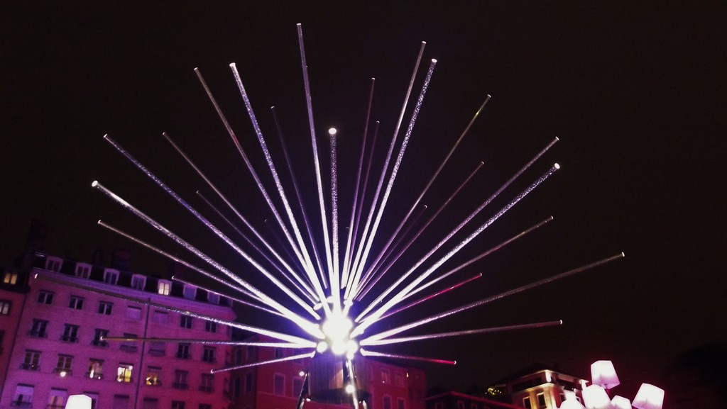 07/12/12: A lit-up weekend in Lyon: The Festival of Lights: 1