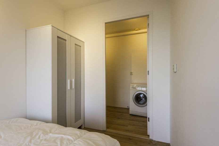 Nice room in awesome apartment, Amsterdam, bills included | Room for rent  Amsterdam
