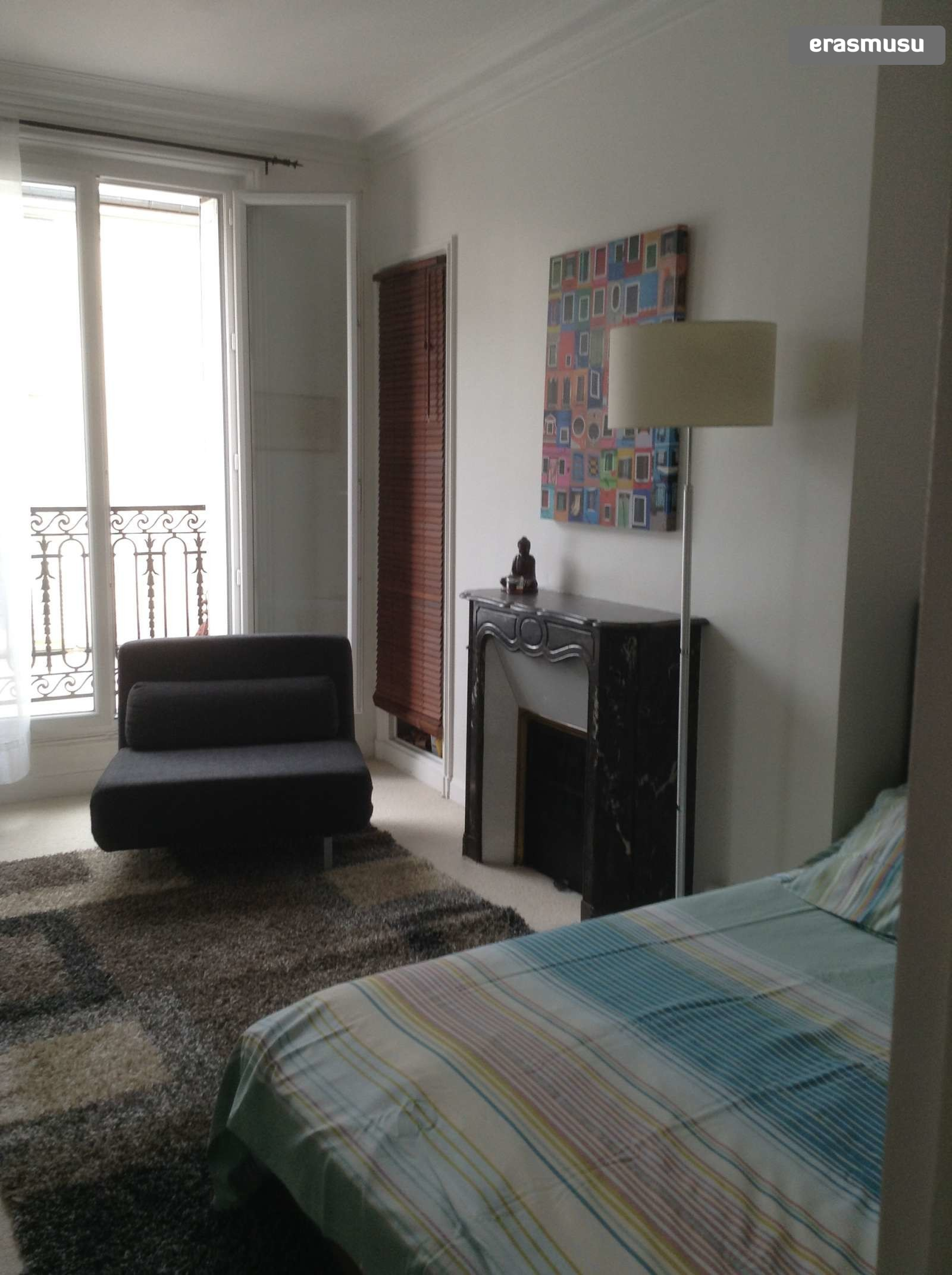 1-bedroom apartment with balcony for rent in Paris 18 bail ...