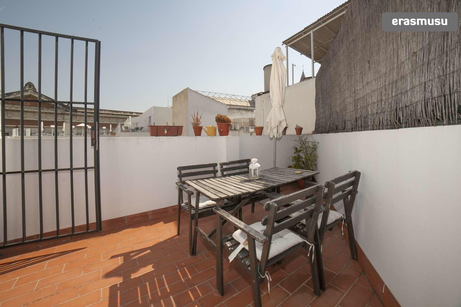 Calle San Felipe,  41003 Sevilla