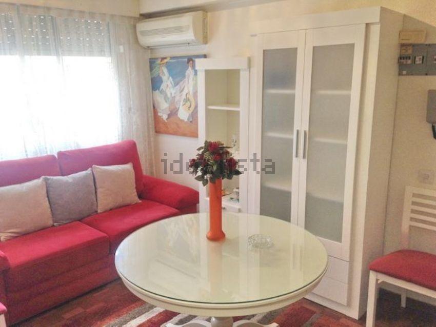 1-bedroom-furnished-flat-plaza-callao-e1e2b2e97c32ce4e1b5e30c4b8180216