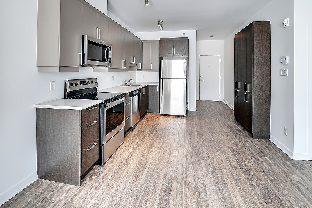1-chambre-appartement-eau-chaude-incluse-stationnement-piscine-fbe0a473b65cd5736fc989071aef5eeb