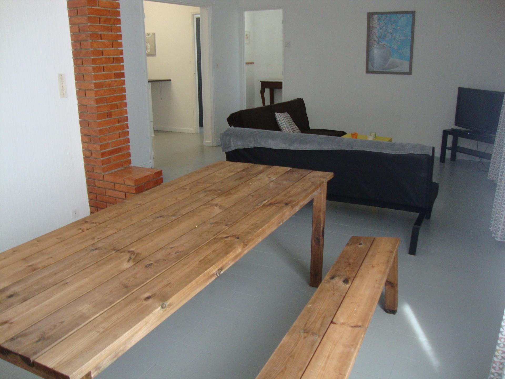 1 chambre dans villa 100 m2 et piscine proche avignon