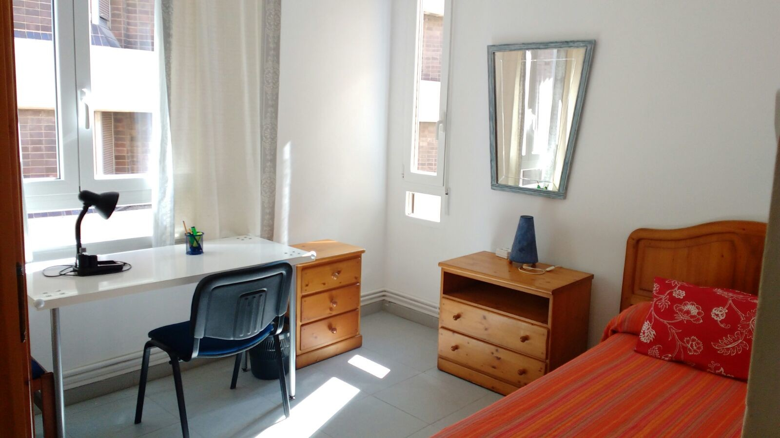 1-room-available-in-city-center-great-for-students-and-erasmus-a7a540bac348a0f51f55859aac429d4a
