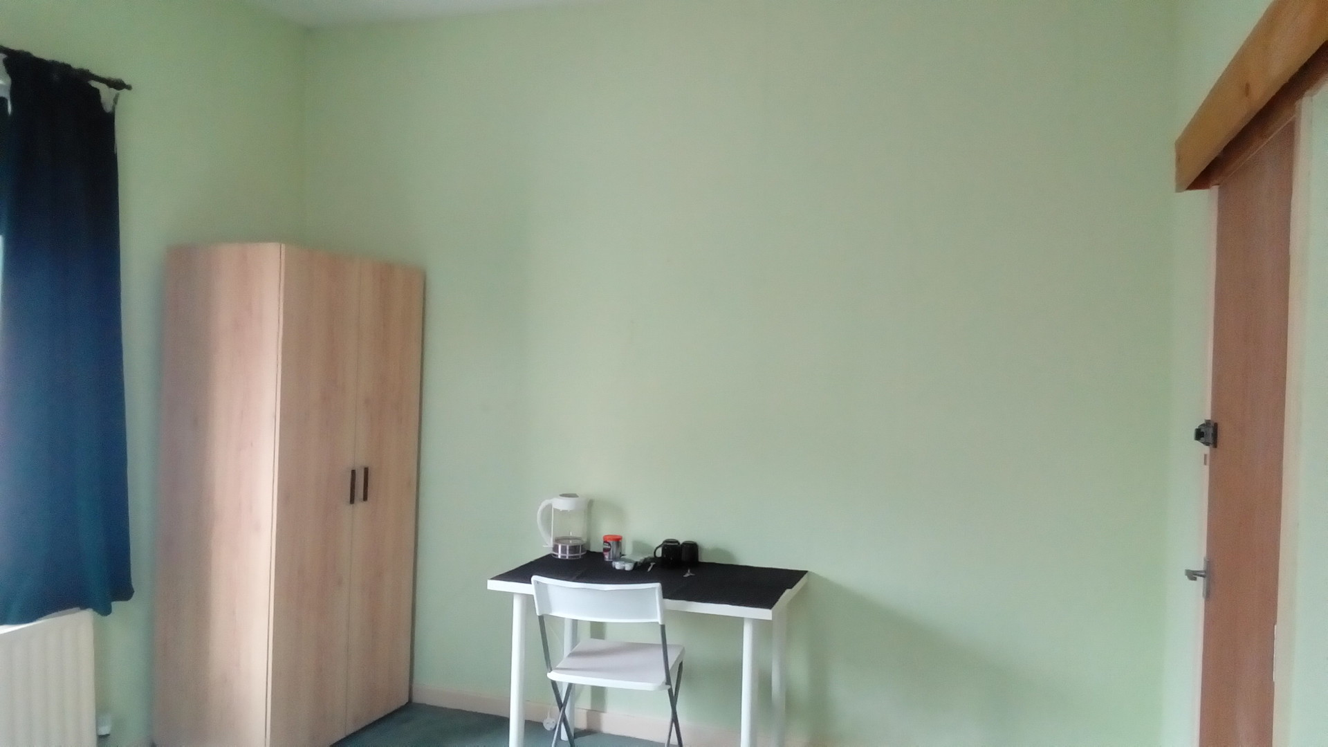 1 Very Large Double in L6, Near City Centre and UNI