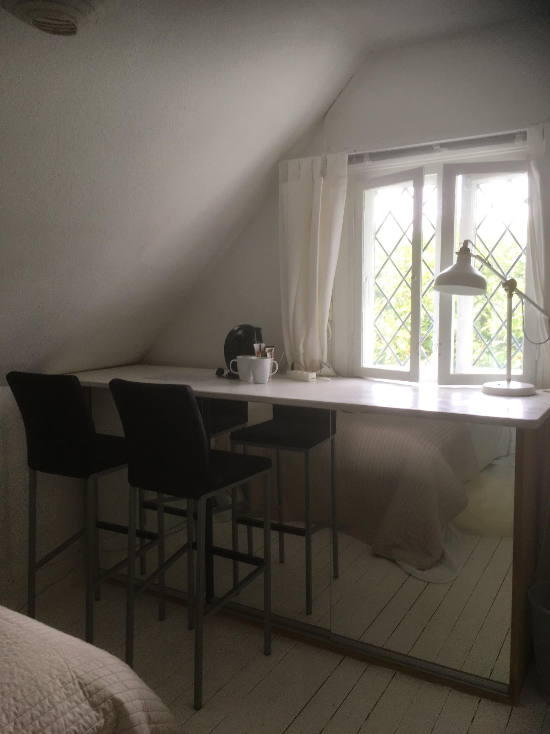 12-sqm-room-vanlse-area-copenhagen-842d0f24540a9cd7520901124a4ac552