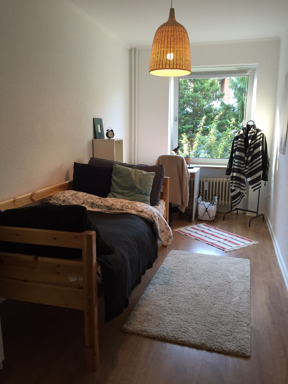 12m 2 furnished room in shared apartment with 2 students for Furnished room