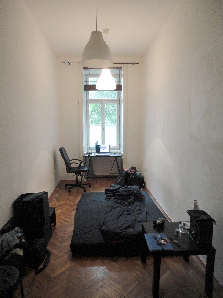 16 Sqm Room In 3 Bedroom Flat In Vienna Starting 1st July To 1st