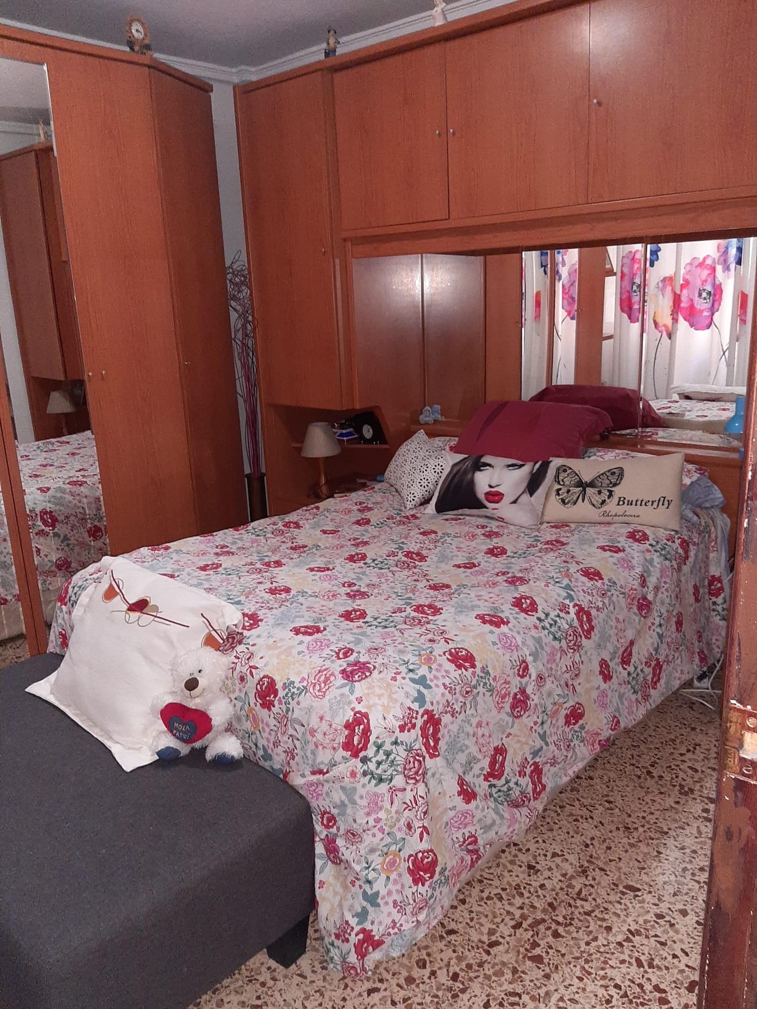 Habitación en Alicante totalmente exterior 2 minut