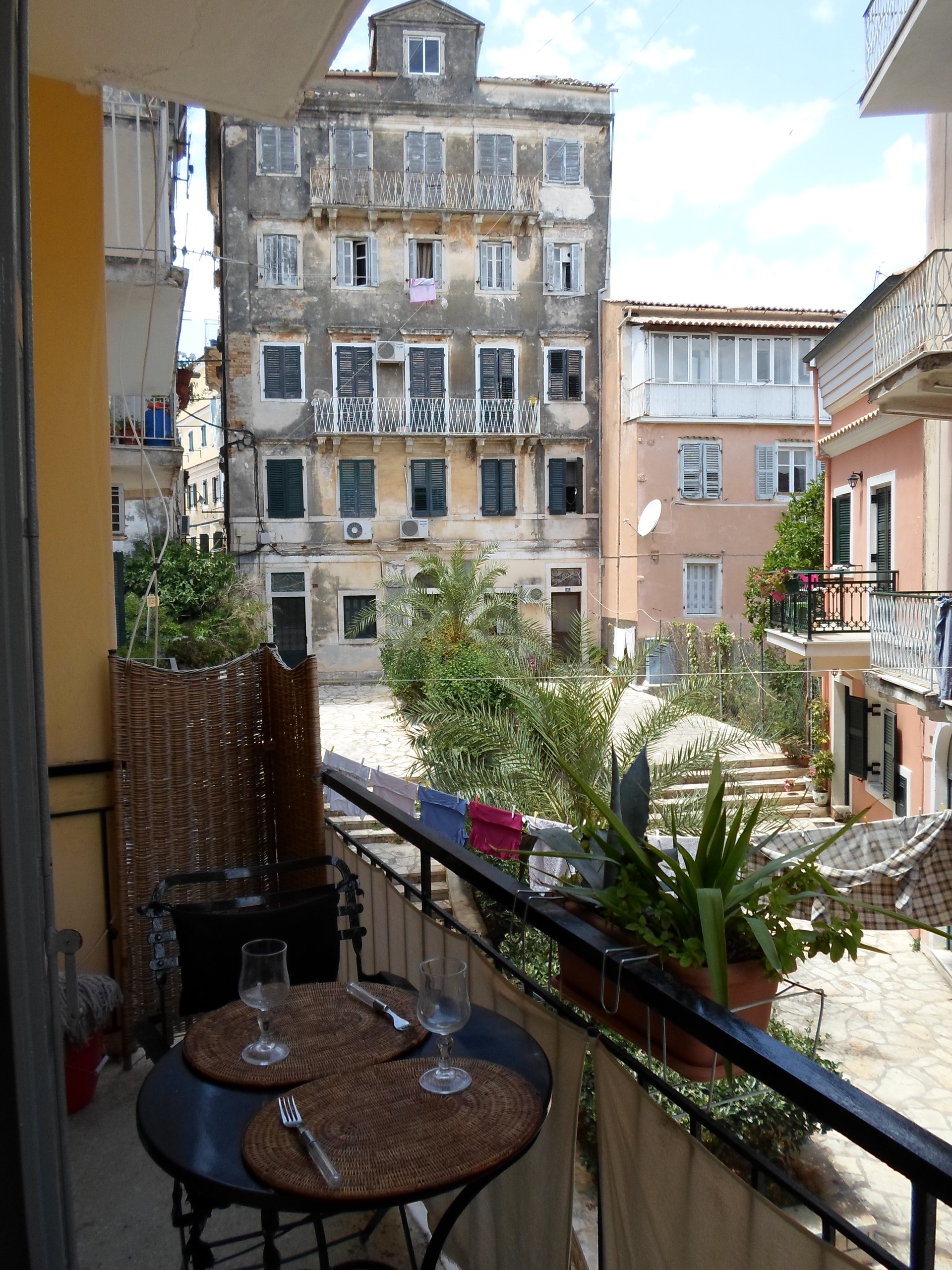 2-bedroom-apartment-corfu-old-city-bdac4ba013fae0732efcee02e67d07f3