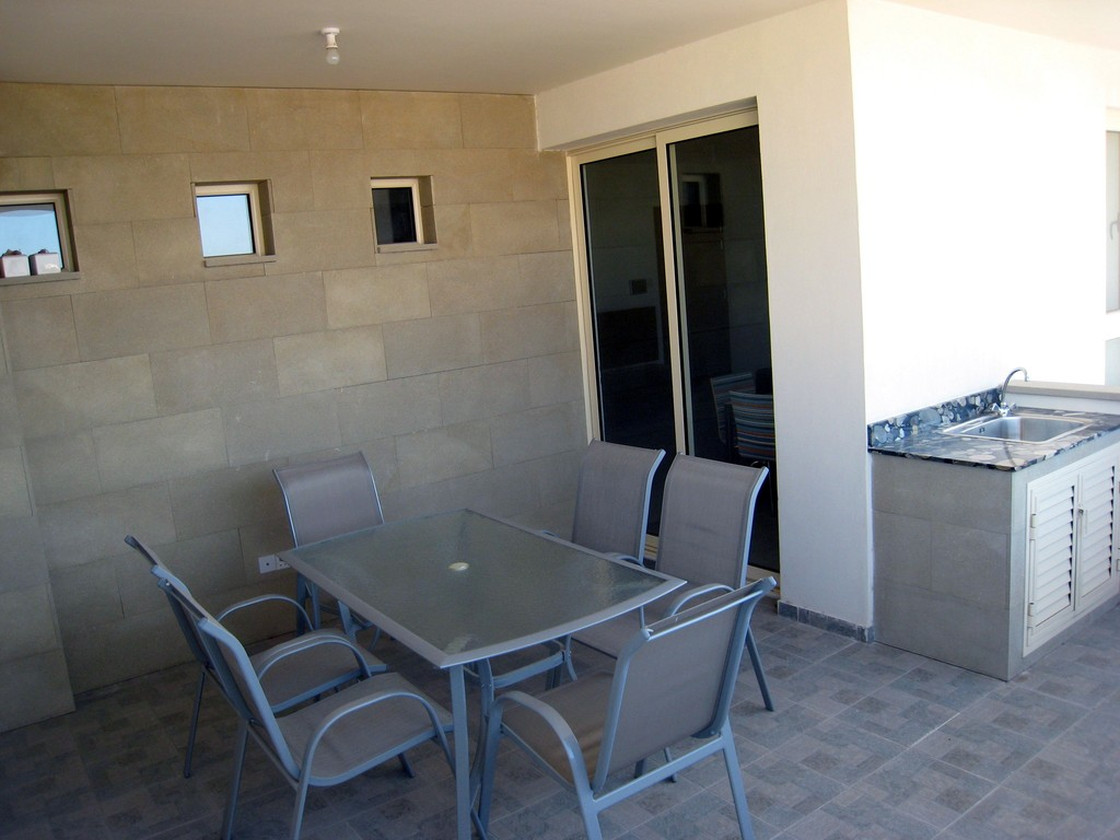 4 bedroom apartments for rent 2 bedroom apartment for rent in aradippou flat rent larnaca 17999