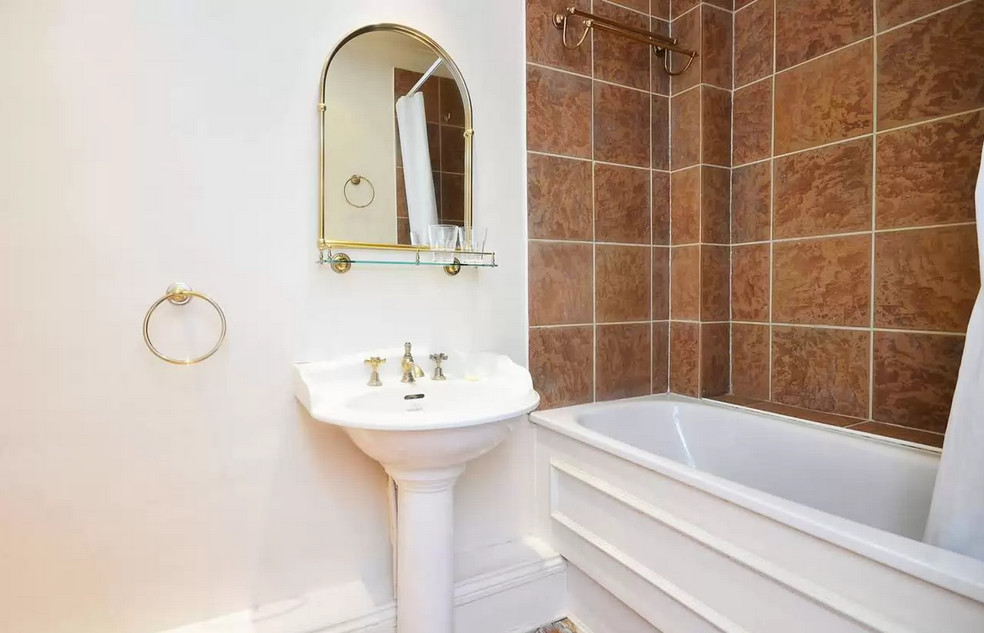 2 Bedroom Flat To Rent On Street Brompton Rd London Sw3