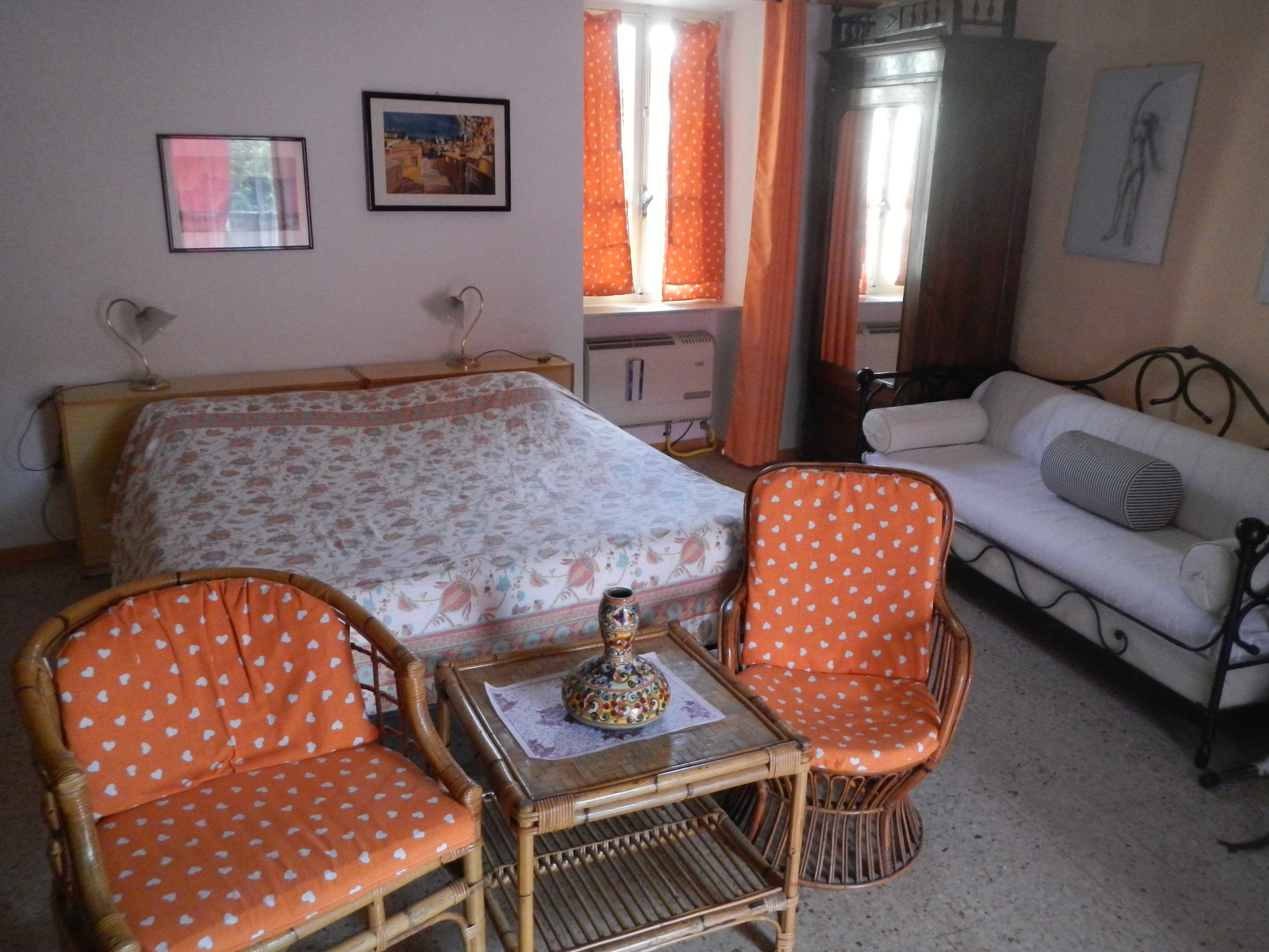 2 camere arredate con bagno in comune 3 posti letto a 20 for Case arredate in affitto a torino
