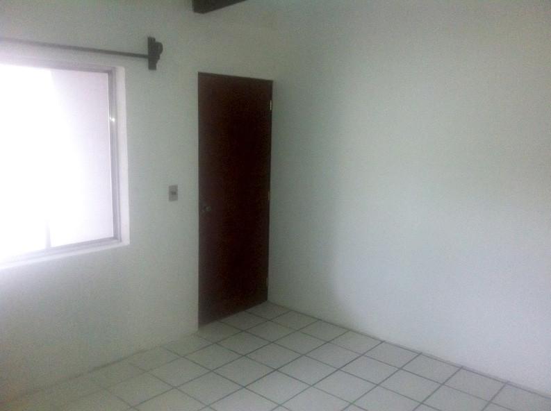 2 cuartos en renta en la estancia university dorm for Para alquilar habitaciones